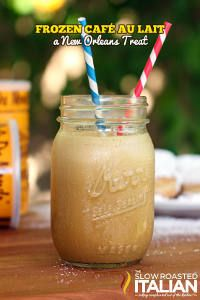 Frozen Café Au Laits are the perfect iced coffee drink for any time of year. So simple you'll think your at Cafe Du Monde in New Orleans. Cafe Du Monde Recipe, Summer Drinks, Fun Drinks, Beverages, Cold Drinks, Cafe Du Monde Coffee, Coffee Cafe, New Orleans Coffee, Iced Coffee Drinks