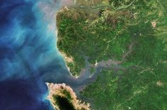 Space in Images - 2016 - 01 - Sierra Leone River Estuary