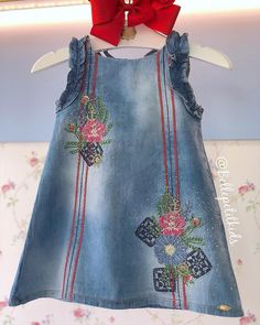 Baby Girl Jeans, Girls Jeans, Kids Outfits Girls, Girl Outfits, Little Girl Dresses, Girls Dresses, Jumpsuit For Kids, Baby Frocks Designs, Frocks For Girls