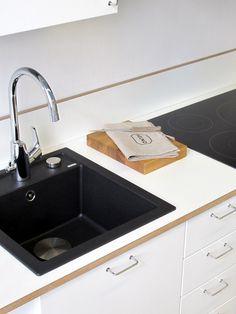 Kodinkoneet on jo tilattu Industrial Scandinavian, One Bedroom Apartment, Midcentury Modern, Contemporary Furniture, Home Kitchens, Kitchen Dining, Small Spaces, Sink, Kitchen Inspiration