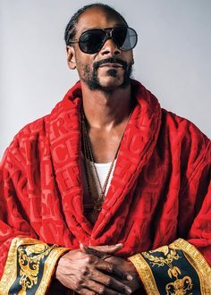 Snoop Dogg talks about Donald Trump, Martha Stewart and more.