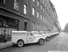 Seidengasse Kurier ... Old Pictures, Black And White Photography, Vienna, Austria, Old Things, History, City, Window, Vintage