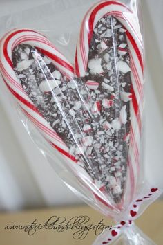 Candy cane chocolate heart! for-the-crafty-in-me