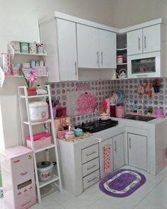New kitchen corner cabinet ideas modern ideas Small Kitchen Cabinets, Living Room Cabinets, Modern Cabinets, Corner Cabinets, Kitchen Plants, Kitchen Small, Kitchen Ideas, Small Corner Cabinet, Kitchen Corner