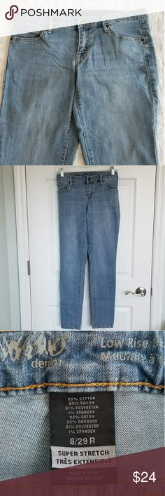 Low Rise Stretch Jeans by Mossimo Sz 8 Classic light-wash denim low rise stretch jeans by Mossimo. Tapered leg. Maybe worn once. In excellent condition.  Sz 8/29. Bundle for discount and great gifts! Mossimo Supply Co. Jeans Skinny