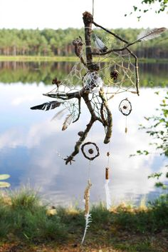 This is a work of nature. As most of dream catcher in the hands of the master form a certain meaning - this totem was planned as a simple spider web - Diy Nature, Nature Crafts, Dream Catcher Mobile, Dream Catchers, Clay Crafts, Diy And Crafts, Driftwood Crafts, Bottle Crafts, Suncatchers