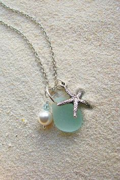 Sea Witch: ~ Aqua Sea Glass Cluster Necklace with Starfish. Cute Jewelry, Jewelry Box, Jewelry Accessories, Jewelry Necklaces, Jewelry Design, Jewelry Making, Bullet Jewelry, Jewelry Armoire, High Jewelry
