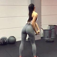 One of our favorite shoulder workouts for the upper body 💪 @motivatefitpage @m#shoulder #shoulderday