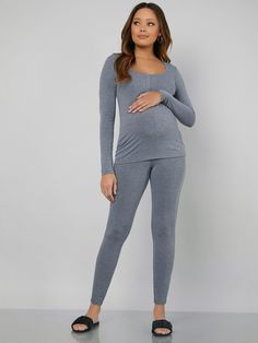 Maternity Buttoned Half Placket Top & Leggings PJ Set