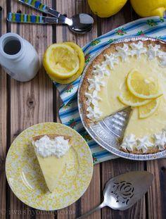 Sour Cream Lemon Pie - Powered by Yummy Treats, Delicious Desserts, Sweet Treats, Yummy Food, Lemon Recipes, Pie Recipes, Dessert Recipes, Yummy Recipes, Sweets