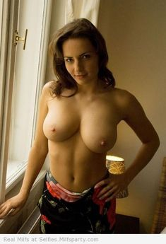 More Real Milf Pictures Here: http://selfies.milfsparty.com