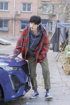 #肖战 #Sean Xiao #小战 #Tiêu Chiến #DAYTOY #1005 Cre:Weibo Two Men, Drama Movies, Chinese Style, Handsome Boys, Manhwa, My Boys, Music Videos, Laos, Bomber Jacket