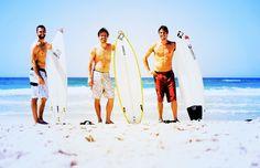 Sun, sea, sand and a surf board. Surfboard, Surfing, Cover Up, Australia, Beaches, Travel, Sun, Fashion, Moda