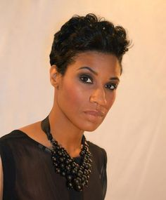 short hair taper with curls for African American hair black hairstyles