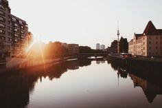 Samstag, 04.07., 05:50 Uhr – Mitte, Friedrichstraße: Früh im Morgenlicht. © Cindy Dessau
