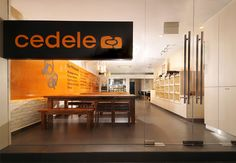 Cedele Bakery Depot by Kyoob-ID, Singapore » Retail Design Blog (nice first impression)