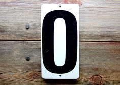 Vintage Metal Number 0 or Number 6 or 9 Double Sided Black and White Gas Station Price Sign Zero Six Nine #AmericanAntique #MetalSign #PriceSign #NumberSign #vintage #VintageNumber #BlackAndWhite #OldFashioned #AntiqueSign #GasStationNumber #GasStationSign #VintageSign #TinSign #NumberDisplay