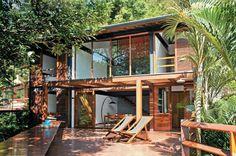 Casa de 190m² em Ubatuba pertinho da praia e da mata http://abr.io/2Ljz
