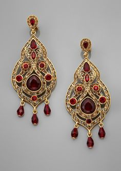 The Chandelier earrings exude classic elegance #antonheunis10 ...