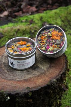 New packaging is here for the Botanical Delight Facial Steam! These reusable tins have window tops so that you can see the pretty flowers + herbs inside.