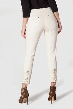 Pantalon 7/8ème lacé bas de jambes
