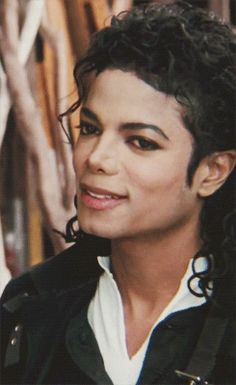 8 years without your beautiful Face without your beautiful Voice and dance moves