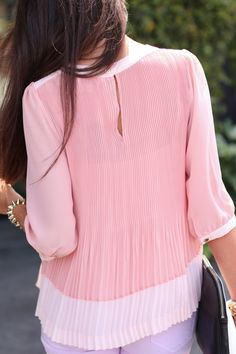 In love with this top, but I do wish it was a different color. :(