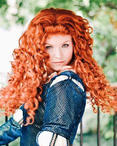 """""""flynn and rapunzel have been giving me some smolder lessons, watch this!"""" ✨ Merida"""