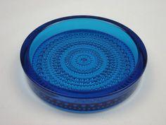 Nuutajarvi 'Kastehelmi' blue glass bowl by Oiva Toikka