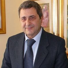 """Domani si terrà la cerimonia di consegna del Premio di giornalismo """"Francesco Landolfo"""". #giornalismo #Napoli"""