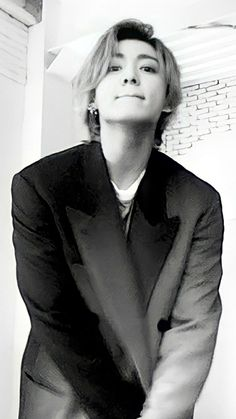 Jungkook Oppa, Foto Jungkook, Foto Bts, Bts Aesthetic Pictures, Album Bts, Bts Pictures, Bts Wallpaper, Korean Singer, Bts Memes