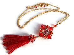 Perlen Anhänger Halskette mit roter Koralle von MilenasBoutique