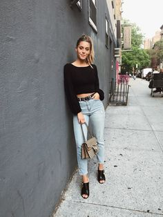 Bianca Ingrosso » LAST ONES FROM NY Simple Outfits, Casual Outfits, Cute Outfits, Fashion Outfits, Teen Girl Outfits, Jean Outfits, Covet Fashion, Daily Fashion, Fall Winter Outfits