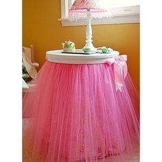 DIY TuTu Skirt Table