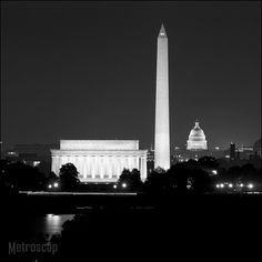 """Black and White picture of the Washington DC Skyline. As 17"""" x 17"""" Framed Print."""