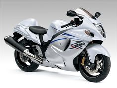 Suzuki Hayabusa Is A Racing Sports Category Bike And It's Manufactures By Japanese Motorcycle Company Suzuki. Suzuki Launched Suzuki Hayabusa With Using Different New Features As: Class:- Sport Bik… Suzuki Hayabusa, Moto Suzuki, Suzuki Motorcycle, Yamaha Yzf, Motorcycle Gear, Hyabusa Motorcycle, Suzuki Bikes, Motorcycle Types, Motorcycle Accessories