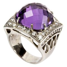 Amethyst Diamond Gold Ring approx. weight of amethyst: 14.28ct; approx. weight of diamonds: 1.40ct, 1990