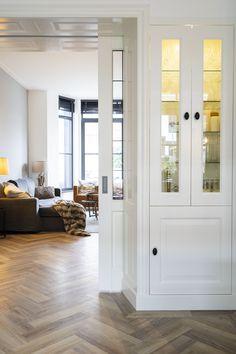 Where classic design meets modern crafts Furniture, Home, Windows, Oversized Mirror, Modern, Modern Crafts, Mirror