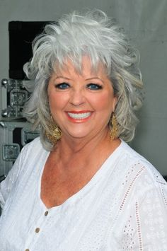 Paula Deens Fun Tousled Gray Hair Fits Her Down Home Personality And Is A Good