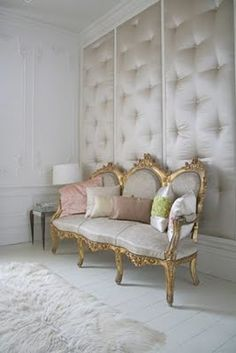 Upholstered walls are great for sound proofing a room. This is a bit opulent for my tastes, but I like the idea. Diy Design, Interior Design, Design Ideas, Interior Paint, Le Living, Living Room, Upholstered Walls, Padded Wall, Home Decoracion