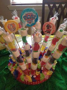 Mallows on a stick Paw Patrol Party Decorations, Diy Birthday Decorations, 4th Birthday Parties, Birthday Diy, Bolo Do Paw Patrol, Paw Patrol Birthday Theme, Puppy Birthday, Party Treats, First Birthdays