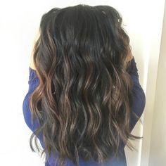B E A C H 🏄🏻 Using @jackwinncolor  Living Proof perfect hair day range blow out  #hairdressermagic #sean4hair #modernsalon #btconeshot_color16 #btconeshot_hairpaint16 #balayage #lorealpro #jackwinncolor #brown #hairdown #beachwaves #t3micro #t3micro #americansalon #hairbrained