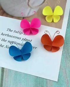 Paper Flowers Craft, Paper Crafts Origami, Origami Paper, Diy Paper, Flower Crafts, Diy Crafts Butterfly, Diy Butterfly Decorations, Paper Bows, Paper Pom Poms