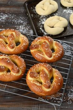 Make authentic traditional German soft pretzels at home. Golden crispy outside, soft in the middle, the secret is dipping them in lye before baking. Easy German Recipes, Great Recipes, Snack Recipes, Cooking Recipes, Favorite Recipes, Snacks, Homemade Soft Pretzels, Pretzels Recipe, Homemade Breads