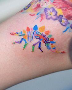 Top 70 Cute Tattoo Design Ideas For Girls How Lives Part 21 Wrist Tattoos, Piercing Tattoo, Get A Tattoo, Flower Tattoos, Body Art Tattoos, Small Tattoos, Piercings, Tattos, Camera Tattoos