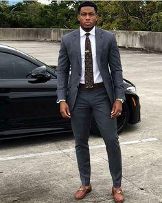 Big Men Fashion, Mens Fashion Suits, Fashion Vest, Mens Suits, Black Men In Suits, Fashion Boots, Handsome Black Men, Herren Outfit, Men Formal