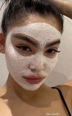 Face Care, Body Care, Beauty Care, Beauty Skin, Glass Skin, White Face Mask, Tips Belleza, Face Skin, Aesthetic Girl