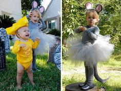 25 baby and toddler Halloween costumes for siblings. What a cute roundup of ideas! Great for brothers and sisters! 25 baby and toddler Halloween costumes for siblings. What a cute roundup of ideas! Great for brothers and sisters! Halloween Costumes For Sisters, Matching Halloween Costumes, Halloween Bebes, Last Minute Halloween Costumes, Halloween Couples, Group Halloween, Homemade Halloween, Wagon Halloween Costumes, Costume Famille
