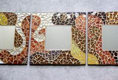 tríptico de espejos con marco revestido con vidrios y venecitas. espejos madera,vidrios de colores,teselas vítreas vitro mosaico,mosaico