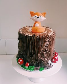 Woodlands themed cake for a birthday 🐿🦊 Layers of vanilla funfetti filled with American buttercream and covered in Chocolate malt… Woodsy Cake, Woodland Theme Cake, Sonic The Hedgehog Cake, Fox Cake, Chocolate Malt, Chocolate Covered, First Birthday Cakes, Birthday Fun, Birthday Chocolates